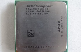 AMD Sempron 64 / 3100+ / 1.8GHz